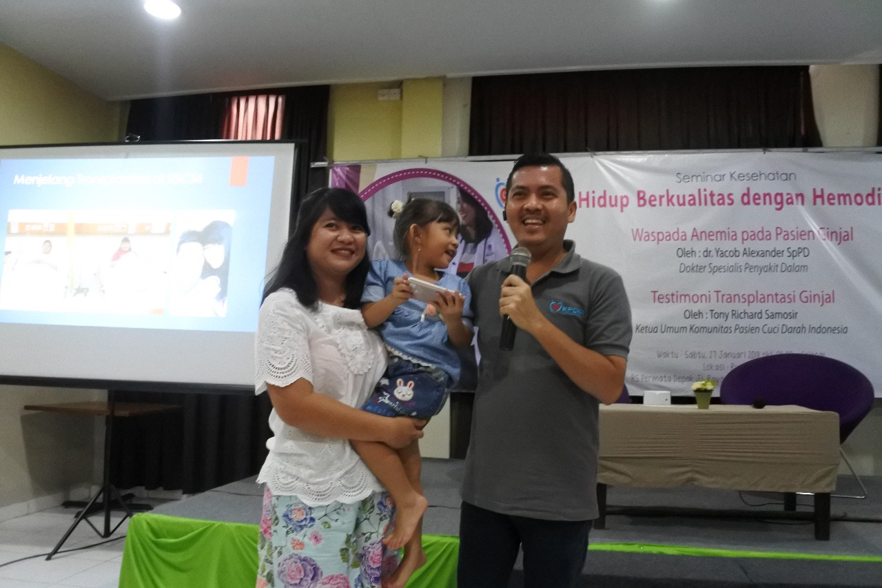 Transplantasi Ginjal Merubah Kehidupan Tony Samosir